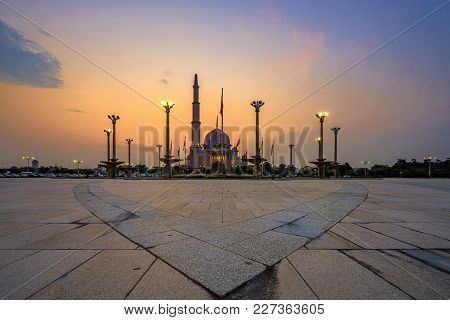 A Majestic Sunset At The Putra Mosque, Shot At The Dataran Putrajaya In Putrajaya, Malaysia After Th