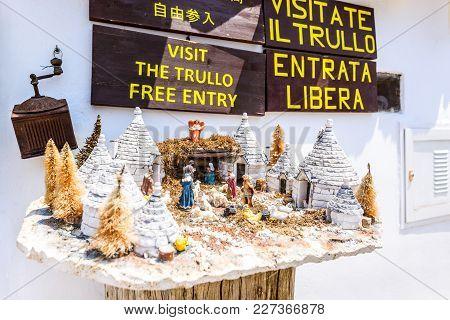 Alberobello, Italy - 10th July 2015: Traditional Trullo House With Souvenir Shop In Alberobello, Pug