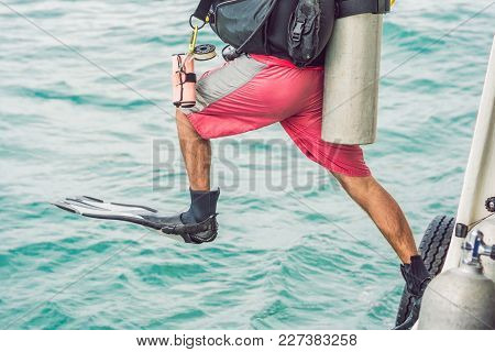 Divers Jump In The Sea To Start Diving