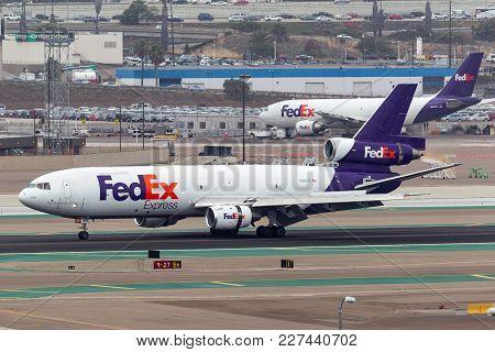 San Diego, California, Usa - May 1, 2013. Federal Express (fedex) Mcdonnell Douglas Md-10-10f N395fe