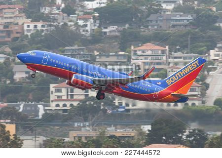 San Diego, California, Usa - April 30, 2013. Southwest Airlines Boeing 737-7h4 N237wn Departing San