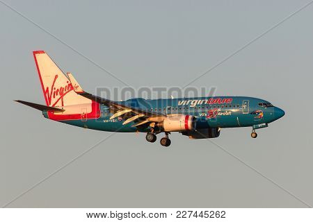 Melbourne, Australia - September 25, 2011: Virgin Blue Airlines 50th Aircraft Boeing 737-7fe Vh-vby