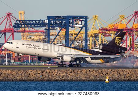 Sydney, Australia - May 5, 2014: United Parcel Service Mcdonnell Douglas Md-11 Cargo Aircraft Landin
