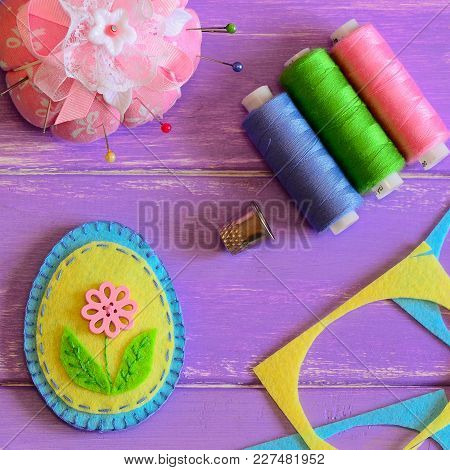 Cute Felt Easter Egg. Handmade Patchwork Felt Easter Egg, Colored Thread Set, Thimble, Pin Cushion,
