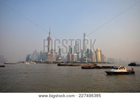 Shanghai, China-jan 08, 2018: Pudong District View From The Bund Waterfront Area In Shanghai China.