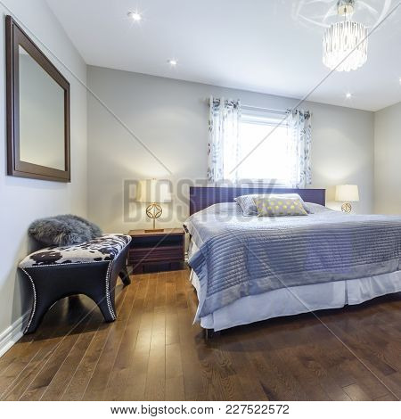 Bedroom Modern Interior Design With Furnishings At New House