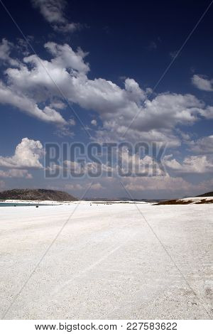 Lake Salda Is A Mid-size Crater Lake In Southwestern Turkey, Within The Boundaries Of Yesilova Distr
