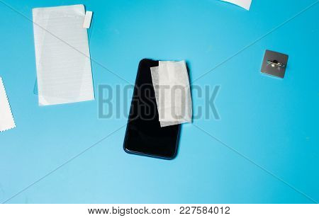 Phone Screen Protection And Ring Ready To Be Placed