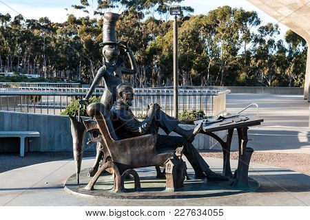 La Jolla, California - February 17, 2018:  Sculpture Of Theodor Geisel, Aka Dr. Seuss, And His Most