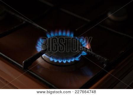 Gas Stove With Gas Included. Gas Burns On The Stove