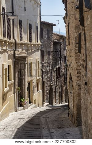 Historic Buildings Of Spello, Medieval City (perugia, Umbria, Italy). Alley