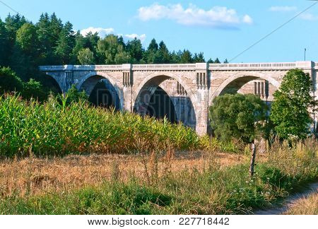 Viaduct In The Forest, Viaduct Railway Viaduct, Viaduct With Arched Spans