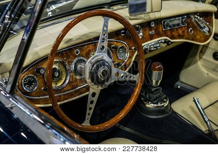 Vintage Classic Car Board, Close Up View