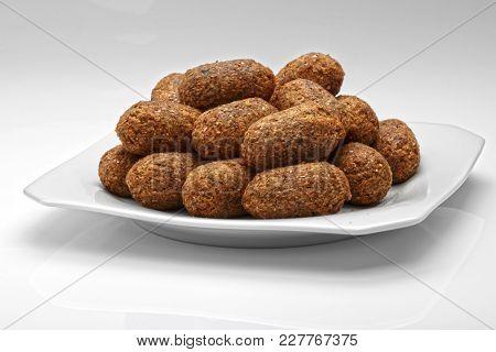 Arabic cuisine: meat appetizer kibbeh