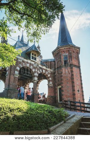 Sneek, Netherlands, 23 August 2015: De Sneeker Waterpoort Is The Symbol Of The Frisian Town Of Sneek