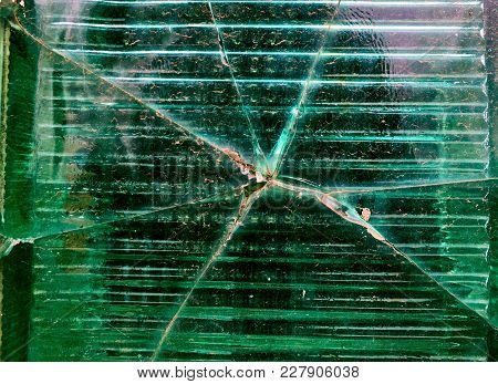 Big Crack In The Middle Of The Green Glass Wall Texture, Background