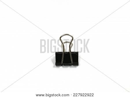 The Black Binder Clip Is Generally Used In The Offices. It Is Useful For The Stationery Shop