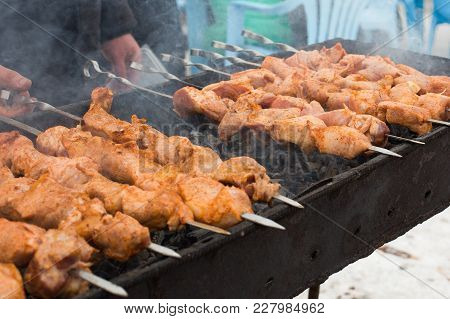 Marinated, Fried By Maso On Skewers With Pieces Of Vegetables, Prepared In A Brazier In The Winter D