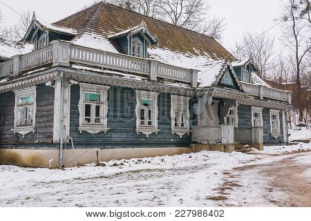 Wooden Hunting House, The Oldest Building In Polish Part Of Bialowieza Forest In Bialowieza Village