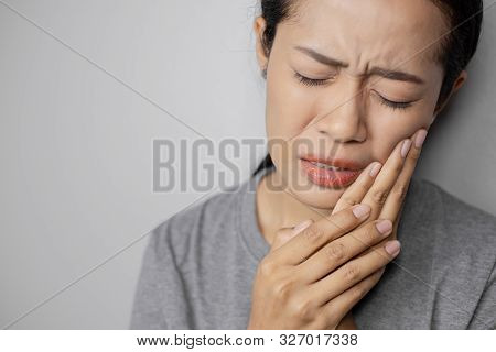 Women Have A Lot Of Toothache.