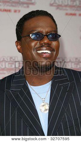 LOS ANGELES - JUN 18: Bernie Mac at the premiere of 'Charlie's Angels: Full Throttle' on June 18, 2003 in Los Angeles, California