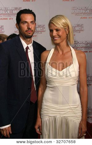 LOS ANGELES - JUN 18: Heidi Klum, Guy Oseary at the premiere of 'Charlie's Angels: Full Throttle' on June 18, 2003 in Los Angeles, California