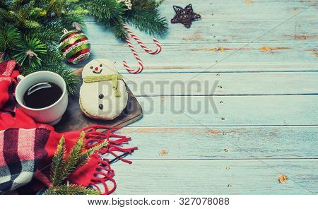 Hot Coffee For Winter Season. Merry Christmas And Happy New Year. Hot Drink And Cake For Vacation Ho