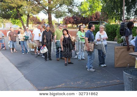 Yard Sale Line