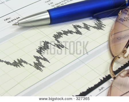 Stock Chart Glasses And Pen