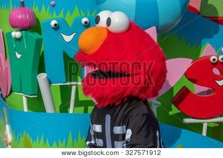 Orlando, Florida. October 5, 2019.  Elmo In Sesame Street Party Parade At Seaworld  At Seaworld 64
