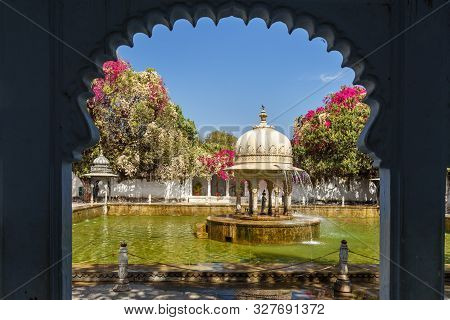Fontain In Saheliyon Ki Bari Gardens Or Courtyard Of The Maidens In Udaipur. Rajasthan. India
