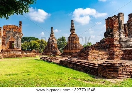 Temple Ruins At Wat Phra Si Sanphet In Ayutthaya Historical Park Thailand The Unesco World Heritage