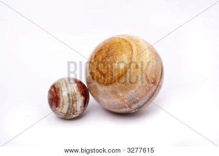 Spheres From A Greenstone