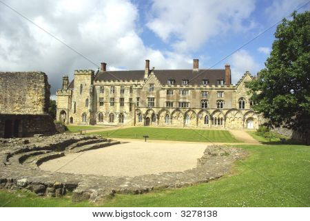 Abbots Great Hall At Battle Abbey