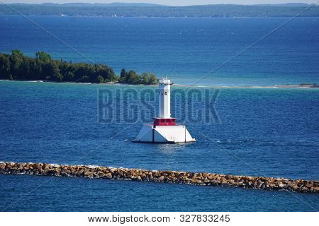 Mackinac Island, Michigan / United States - June 11, 2018:: A View Of The Round Island Passage Light