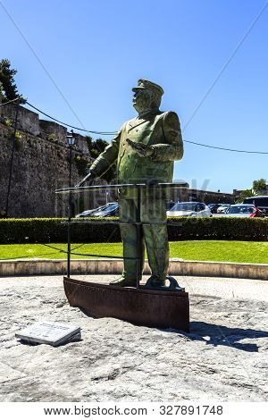 Cascais - August 14, 2019: King Carlos I Of Portugal In Front Of The Citadel Looking At His Beloved