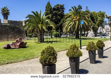 Cascais - August 14, 2019: View Of The Square And The Fortress Rampart In Front Of The Entrance To T