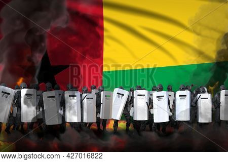 Guinea-bissau Police Swat In Heavy Smoke And Fire Protecting Government Against Revolt - Protest Fig