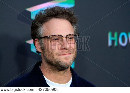 LOS ANGELES - JUL 15:  Seth Rogen at How It Ends LA Premiere at NeueHouse Hollywood  on July 15, 2021 in Los Angeles, CA