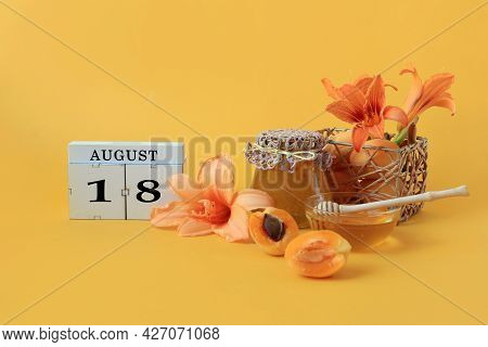 Calendar For August 18 : The Name Of The Month Of August In English, Cubes With The Number 18, Honey