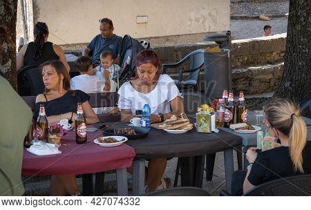 Castro Del Volsci, Italy - June 13, 2021, People At Table In Street Cafe In Castro Del Volsci, Fronz