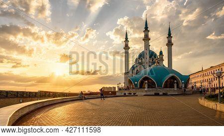 Kazan Kremlin At Sunset, Tatarstan, Russia. Sunny Panorama Of Kul Sharif Mosque, Landmark Of Kazan.