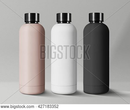 Minimal sport bottle in stainless steel with design space