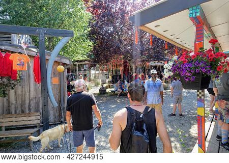 Hornby Island, British Columbia, Canada - July 8th, 2021: A Crowded Market Full Of Locals And Touris