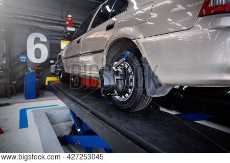 Car Repairing Wheel Center The Wheel Balancing In Auto Repair Shop