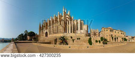 Image Of Famous Cathedral La Seu In Palma De Mallorca Spain