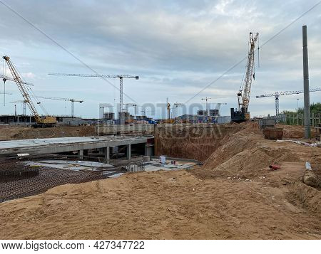 Construction Of A Large Underground Infrastructure Industrial Facility With A Foundation Using Power