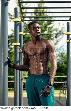 Athlete Resting Between Outdoor Exercises, Outdoor Exercise, African American Exercising On The Spor