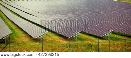 Solar thermal collector is a solar collector to collect heat by sunlight