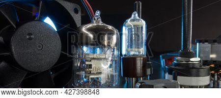 Radio electronic components in radio lab